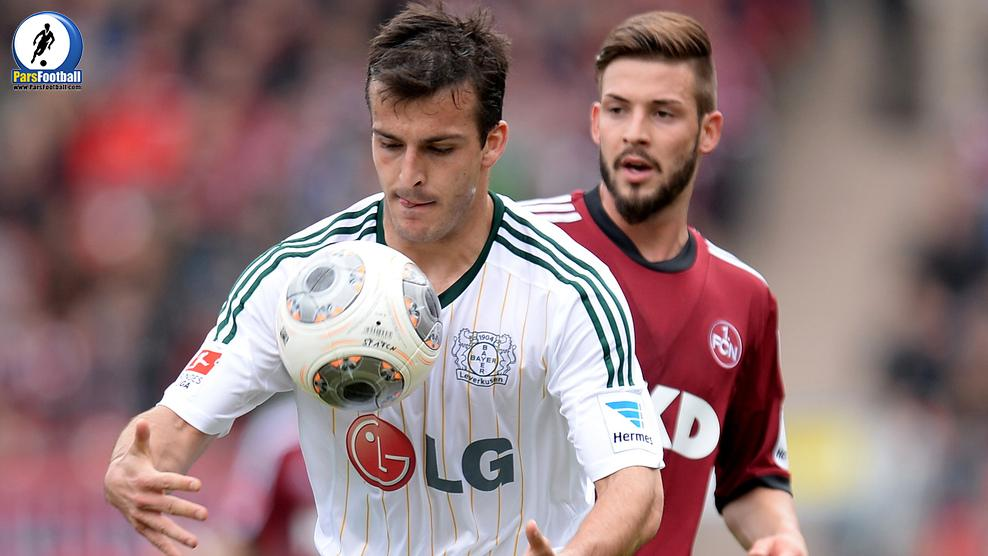 NUREMBERG, GERMANY - APRIL 20: Giulio Donati (Front) of Leverkusen and Marvin Plattenhardt of Nuernberg compete for the ball during the Bundesliga match between 1. FC Nuernberg and Bayer Leverkusen at Grundig Stadium on April 20, 2014 in Nuremberg, Germany.  (Photo by Micha Will/Bongarts/Getty Images)