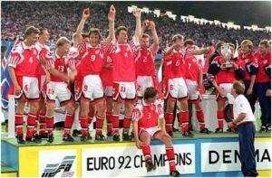 پیروزی دانمارک در فینال یورو ۹۲