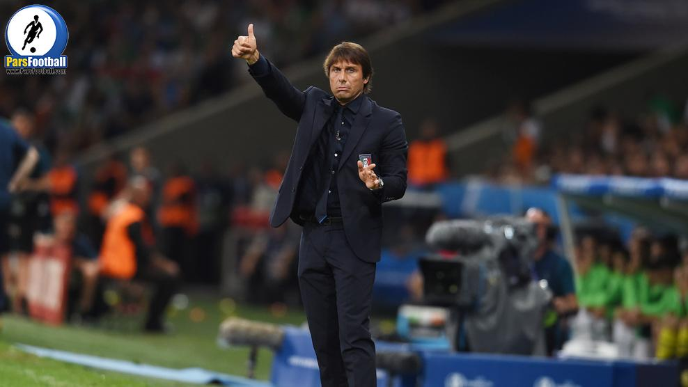 LILLE, FRANCE - JUNE 22:  Antonio Conte head coach of Italy gestures during the UEFA EURO 2016 Group E match between Italy and Republic of Ireland at Stade Pierre-Mauroy on June 22, 2016 in Lille, France.  (Photo by Claudio Villa/Getty Images)