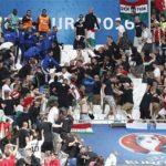 درگیریهای پراکنده روی سکوهای ورزشگاه ولودروم