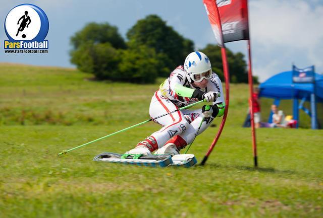 تیمهای ملی اسکی روی چمن