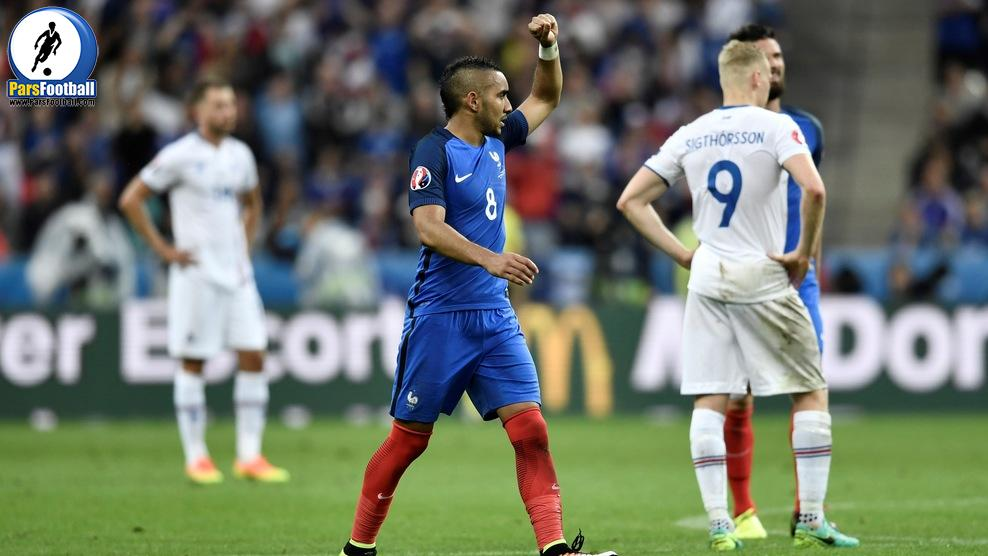 France's forward Dimitri Payet celebrates after scoring a goal during the Euro 2016 quarter-final football match between France and Iceland at the Stade de France in Saint-Denis, near Paris, on July 3, 2016.  / AFP / PHILIPPE LOPEZ        (Photo credit should read PHILIPPE LOPEZ/AFP/Getty Images)