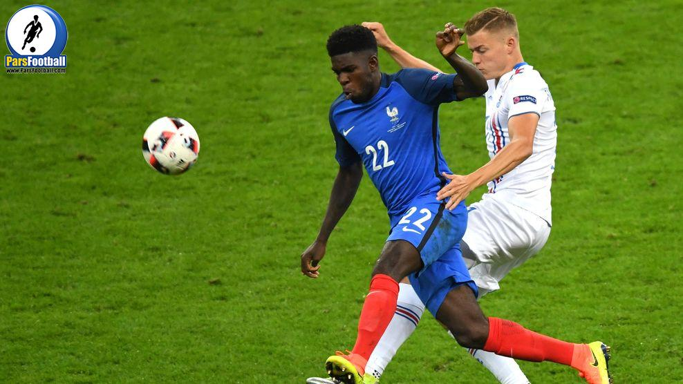 France's defender Samuel Umtiti (L) vies for the ball with Iceland's forward Alfred Finnbogason during the Euro 2016 quarter-final football match between France and Iceland at the Stade de France in Saint-Denis, near Paris, on July 3, 2016.. / AFP / Francisco LEONG        (Photo credit should read FRANCISCO LEONG/AFP/Getty Images)