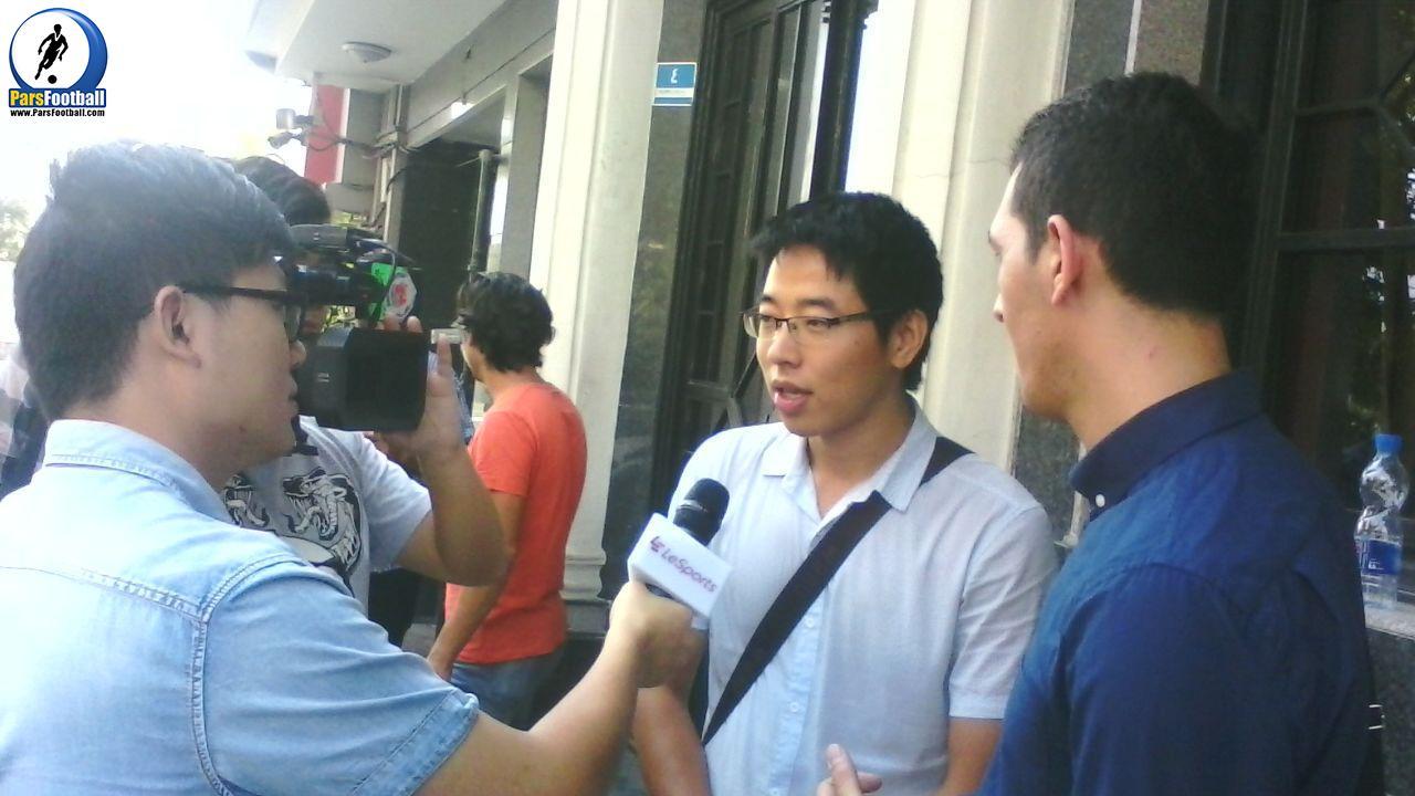 خبرنگاران چینی برای تصویر برداری و آنالیز بازی ایران و قطر