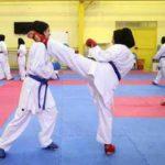 دختران کاراته باز