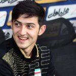 مهاجم تیم ملی - سردار آزمون