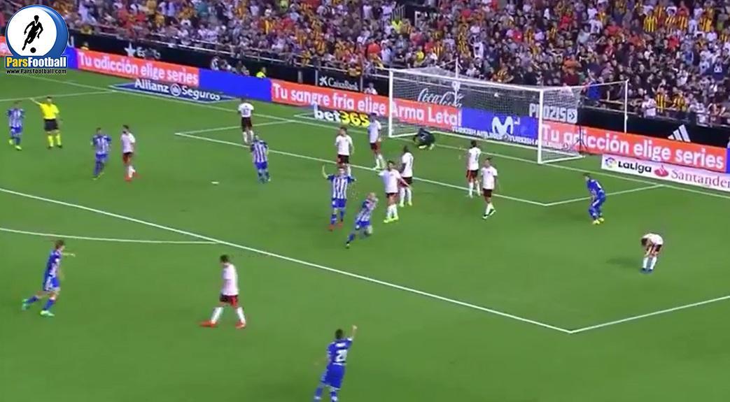 پیروزی والنسیا مقابل آلاوز با نتیجه 2-1