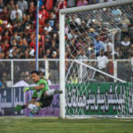علی اسدی دروازه بان تیم قشقایی برابر پرسپولیس