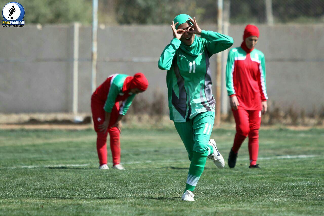 بانوان ذوب آهن اصفهان