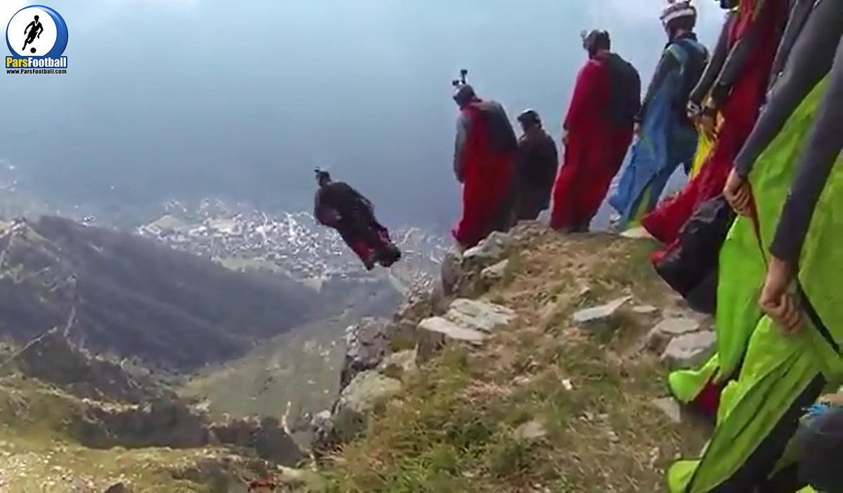 فیلم | حس پرواز و پرش از ارتفاع از زاویه دوربین روی سر