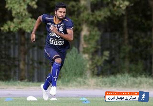 فرشید باقری هافبک استقلال : منصوریان گفت اگر پرسپولیسی نشوی میگذارم بروی