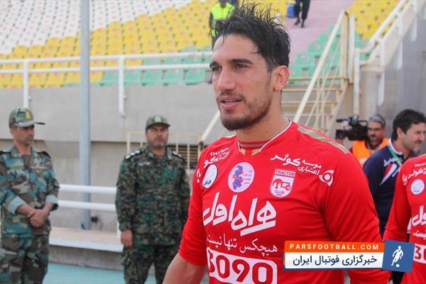 فرزاد حاتمی : همه بازیکنان از آجورلو ناراحت هستند | خبرگزاری فوتبال ایران