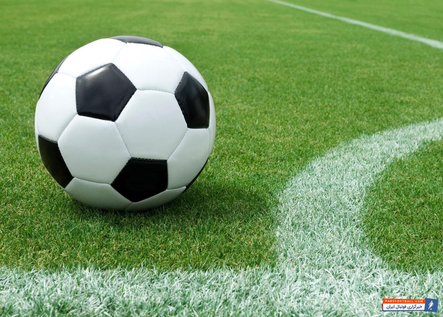 بهترین بازیکن شماره 4 فوتبال جهان که در تصویر مشاهده می کنید از نظر شما کدام یک است ؟