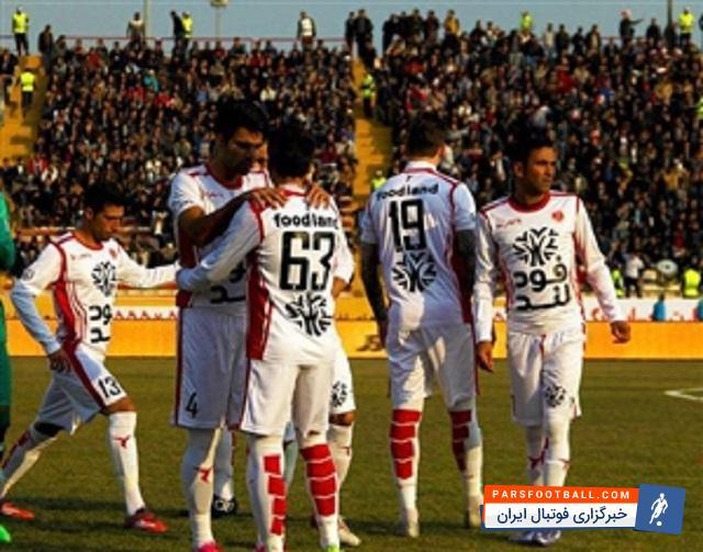 حضور بازیکنان تیم فوتبال پدیده خراسان در حرم امام رضا (ع) ؛ خبرگزاری فوتبال ایران