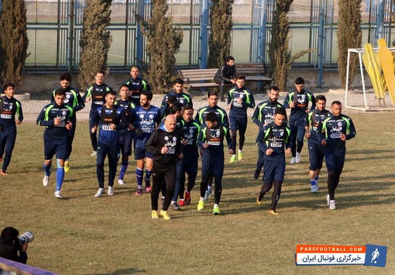 منصوریان از بازیکنان استقلال تشکر کرد | اولین خبرگزاری فوتبال ایران