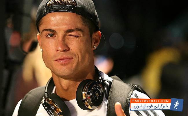 حرکت جالب کریستیانو رونالدو در شب بازی رئال مادرید و ناپولی ؛ پارس فوتبال