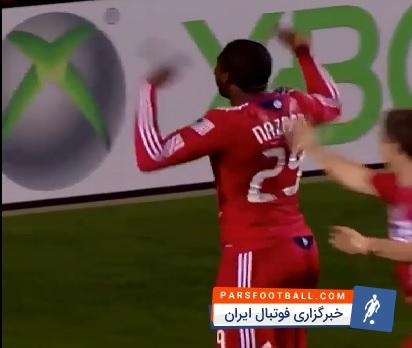 ویدیویی جالب از برخورد حیرت انگیز توپ به تیرک دروازه در لیگ فوتبال آمریکا