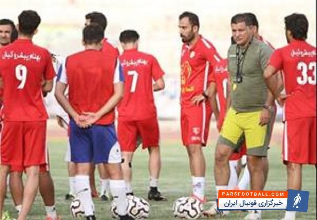 مشکلاتی که مالکان برای بازیکنان نفت تهران به وجود آورده اند