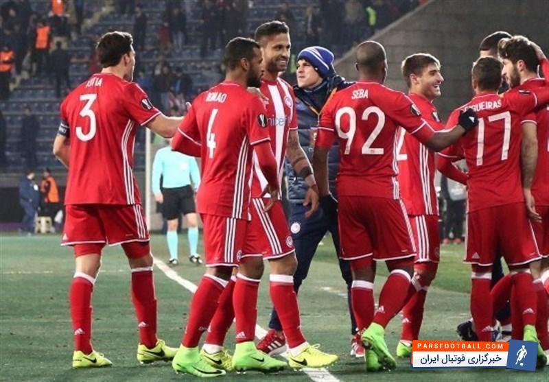 باختی دیگر برای تیم فوتبال المپیاکوس در حضور کریم انصاری فرد ؛ پارس فوتبال