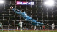 مهارتوپ باور نکردنی ناواس در دیدار رئال مادرید برابر بتیس
