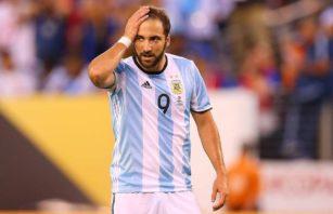 عملکرد هیگوآین بازیکن آرژانتین در دیدار برابر شیلی