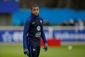 عملکرد امپابه بازیکن فرانسه در دیدار برابر لوگزامبورگ