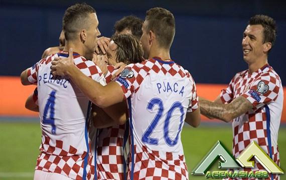 خلاصه بازی کرواسی 1-0 اوکراین ؛ پارس فوتبال اولین خبر گزاری فوتبال ایران