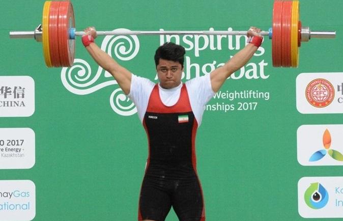 کسب یک مدال طلا و دو نقره توسط سید ایوب موسوی در وزنه برداری قهرمانی آسیا