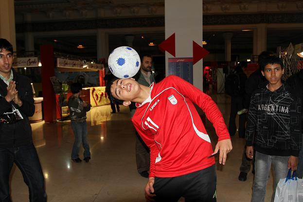 حرکات نمایشی فوتبال اجرا شده توسط برترین فوتبالیست های لیگ فوتبال ایران