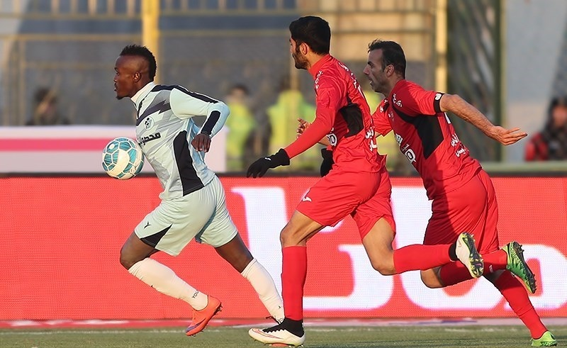 گادوین منشا : در آخر فصل در مورد انتخاب تیم آیندهام تصمیم خواهم گرفت | خبرگزاری فوتبال ایران