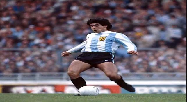فیلم ؛ پاس گل دیدنی مارادونا با حرکت رابونا برابر سویس ؛ خبرگزاری فوتبال ایران