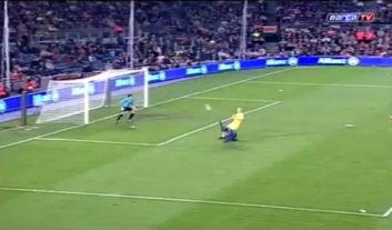 گل تماشایی قیچی برگردان رونالدینیو برای بارسلونا