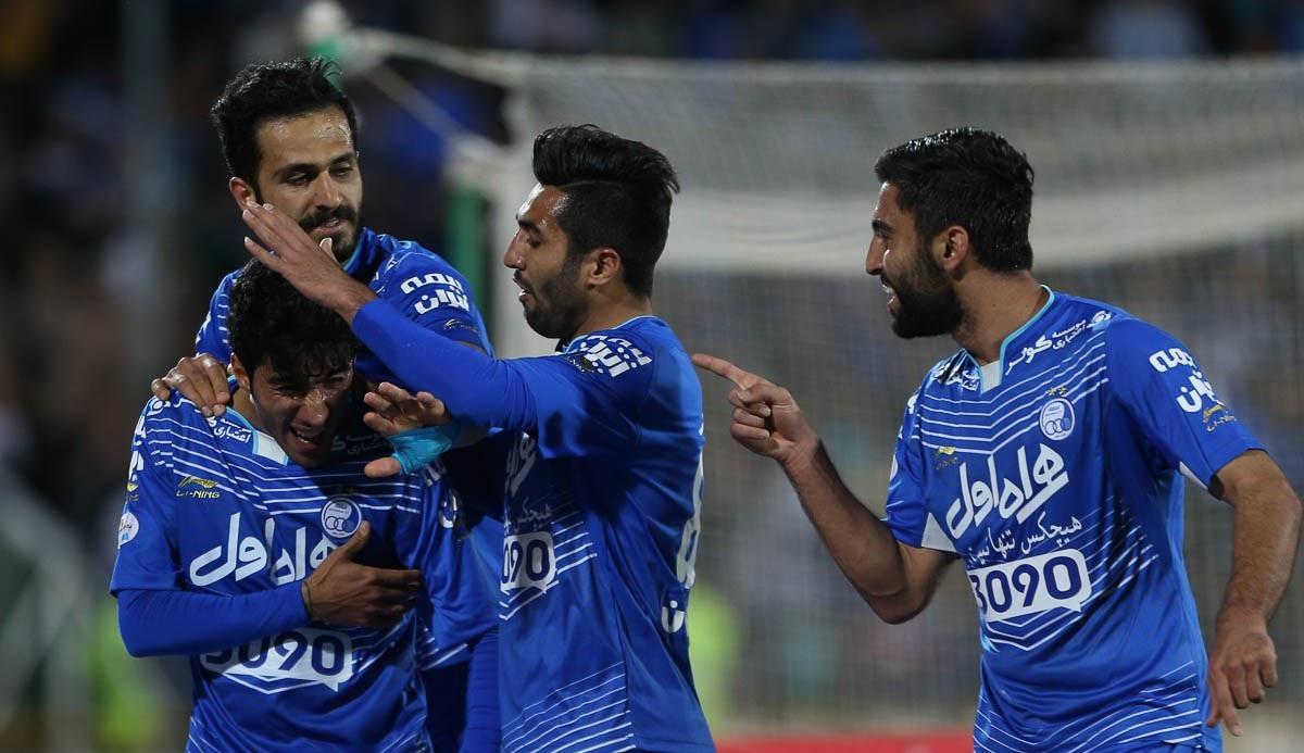 روزنامه ایران ورزشی : استقلال بدون هافبک در امارات