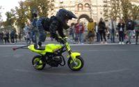 مهارت بی نظیر یک پسر بچه ی 4 ساله در ورزش موتورسواری