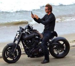 موتورسواری دیوید بکهام
