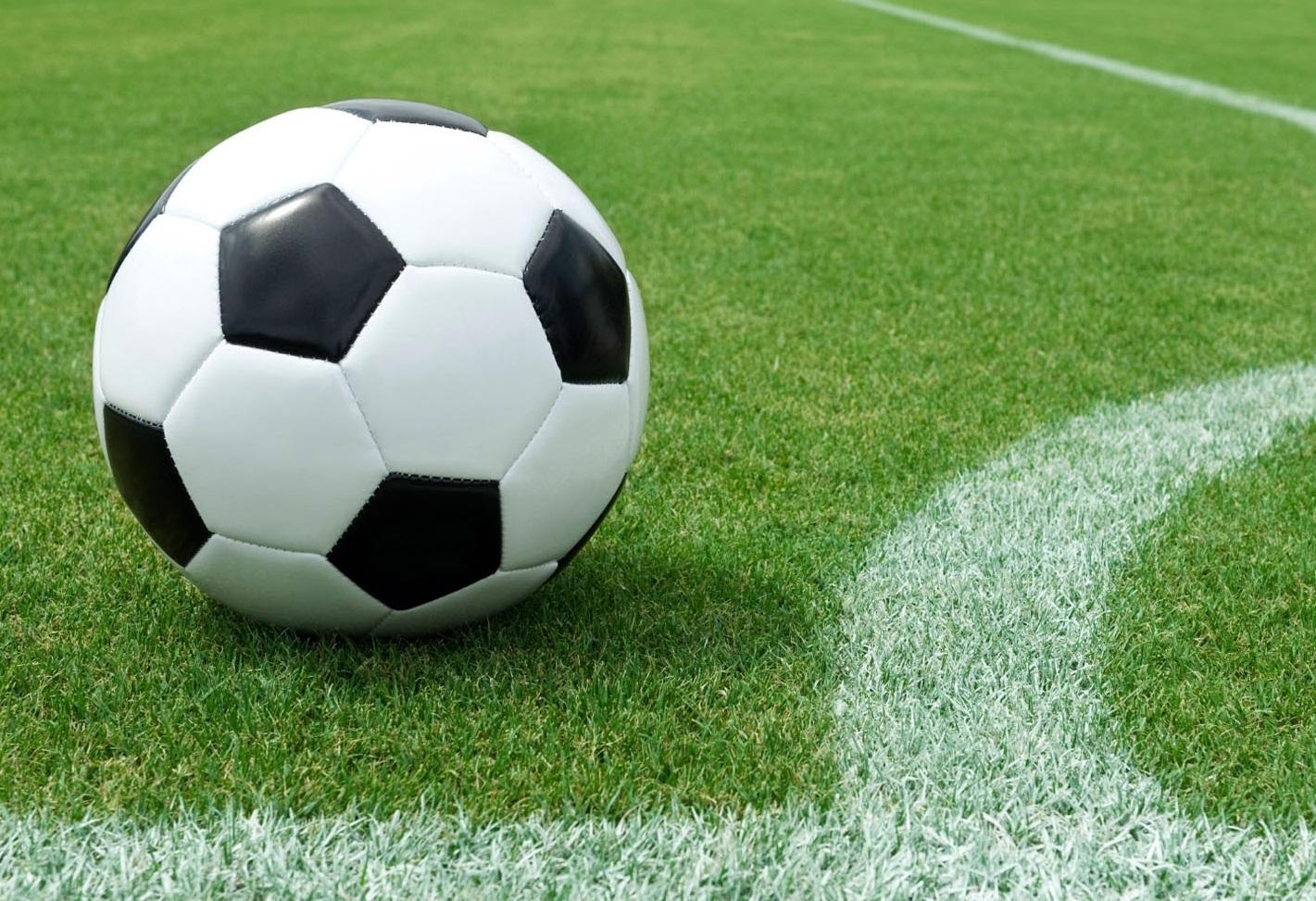 کلاهبرداری از فوتبالیست های سرخابی توسط یک دوست نزدیک ؛ پارس فوتبال