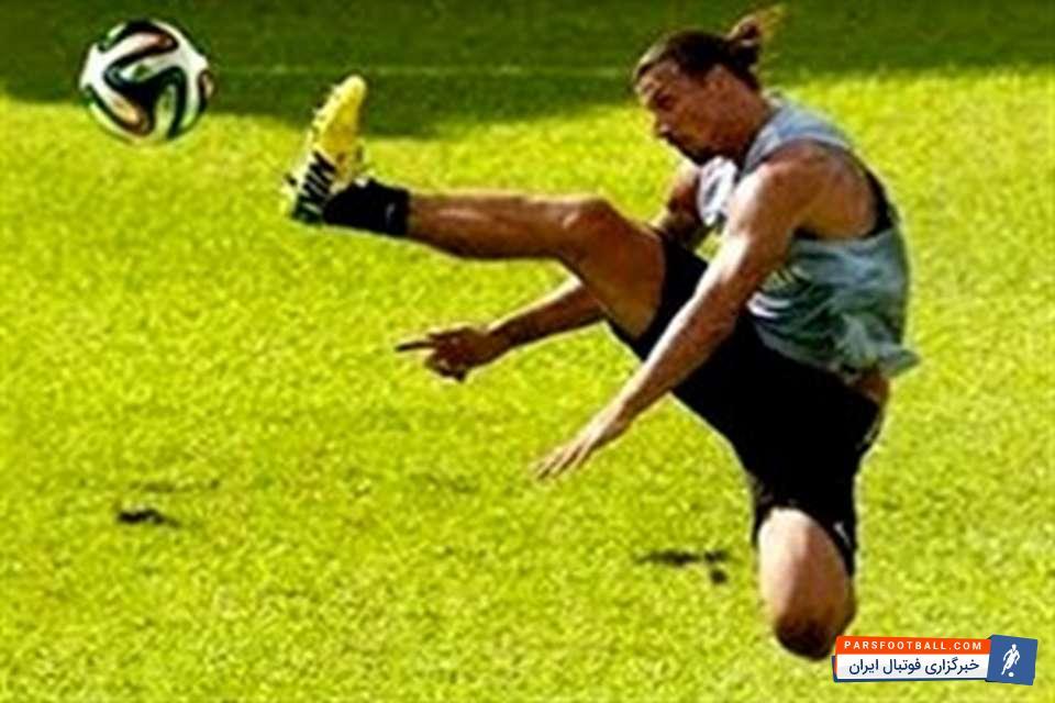 فوتبال کلیپ جالب از گلهای زیبا و حرکات تکنیکی بازیکنان در تمرینات