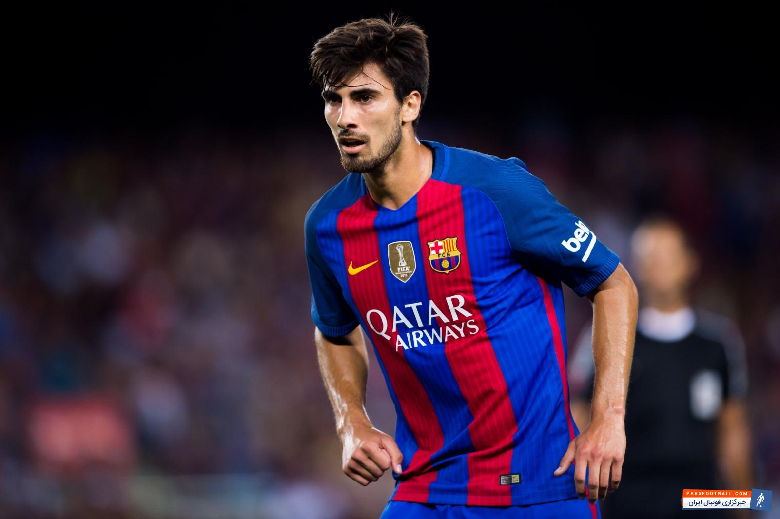 گومز بازی بارسلونا مقابل آلاوز را از دست داد ؛ دینیه جایگزین گومز در ترکیب بارسا