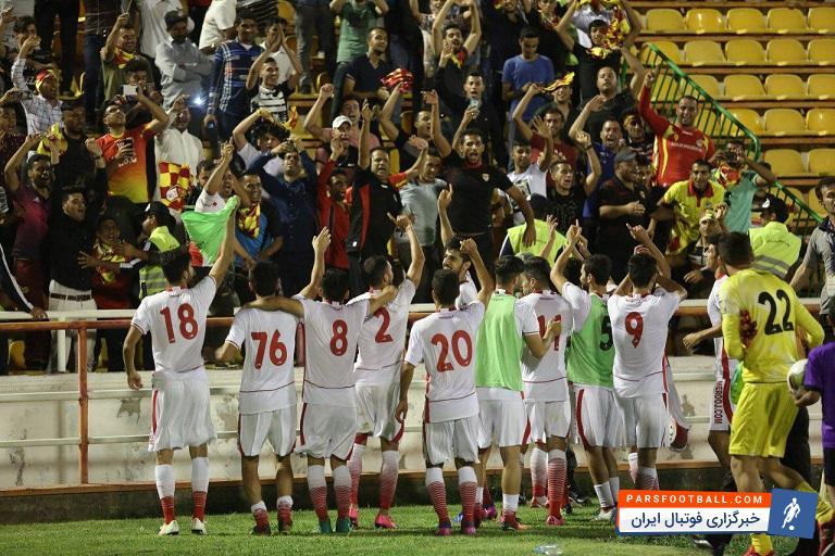 فولاد خوزستان و استقلال از ساعت 17:30 امروز در ورزشگاه غدیر اهواز به مصاف هم می روند