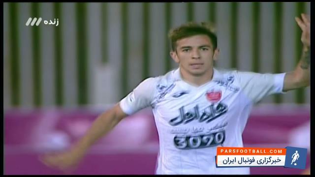 کلیپی از گل دوم تیم فوتبال پرسپولیس به نفت تهران در هفته سوم لیگ برتر خلیج فارس 19 مرداد 96