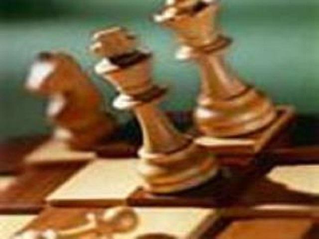 شهرام منکرسى: تعلیق شطرنج حاصل بیتدبیرى رئیس فدراسیون و نایب رئیس جهانى است
