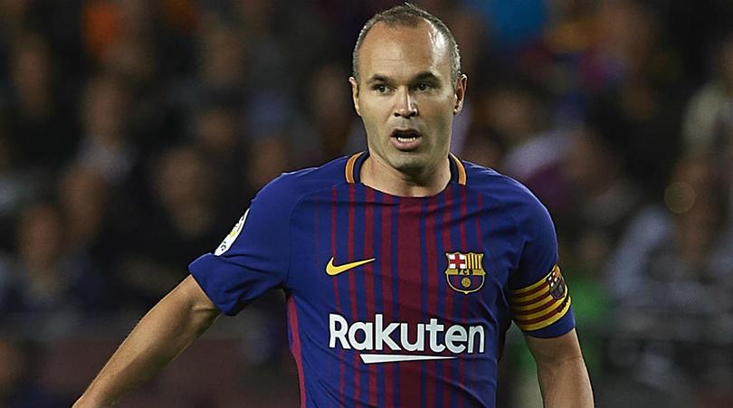 اینیستا : از بازی برای بارسلونا خوشحالم