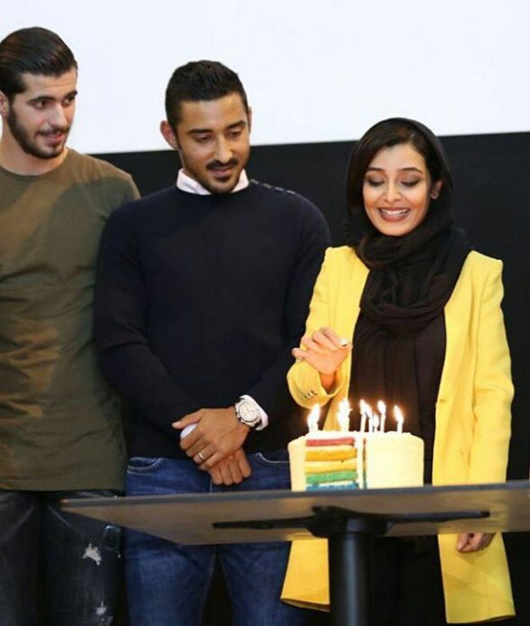 جشن تولد ساره بیات در حضور رضا قوچان نژاد و سعید عزتاللهی ؛ پارس فوتبال