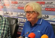 زرندی مسئول رسانه ای تیم فوتبال استقلال دیروز در ترجمه صحبت های شفر سانسور اعمال کرد