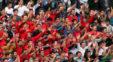 هواداران تیم فوتبال نساجی برای دیدار با تیم استقلال به ورزشگاه آزادی می آیند