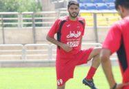 شایان مصلح بازیکن تیم فوتبال پرسپولیس عادت دارد که با خبرنگاران مصاحبه کند