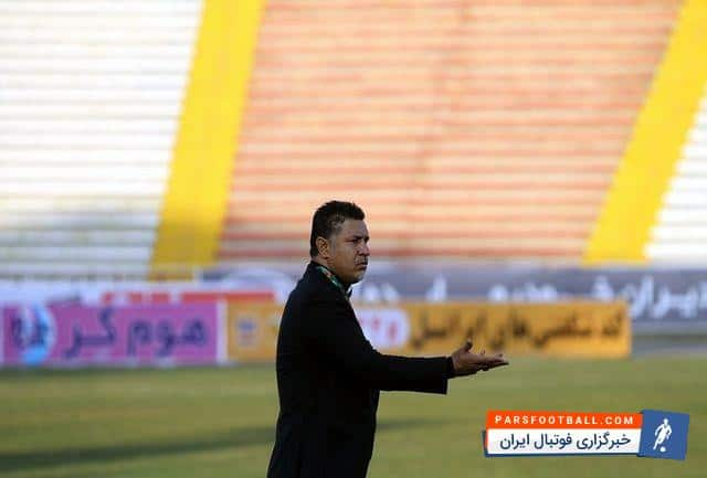 على دایى در کنار پدر شهید حسین فهمیده ؛ پارس فوتبال ؛ خبرگزاری فوتبال ایران