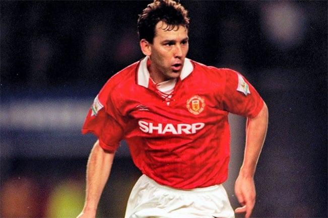 مهارت های دیدنی برایان رابسون پر سابقه ترین کاپیتان بریتانیا ؛ پارس فوتبال