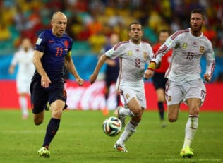 نگاهی به سرعتی ترین بازیکنان حال حاضر در لیگ های معتبر فوتبال جهان