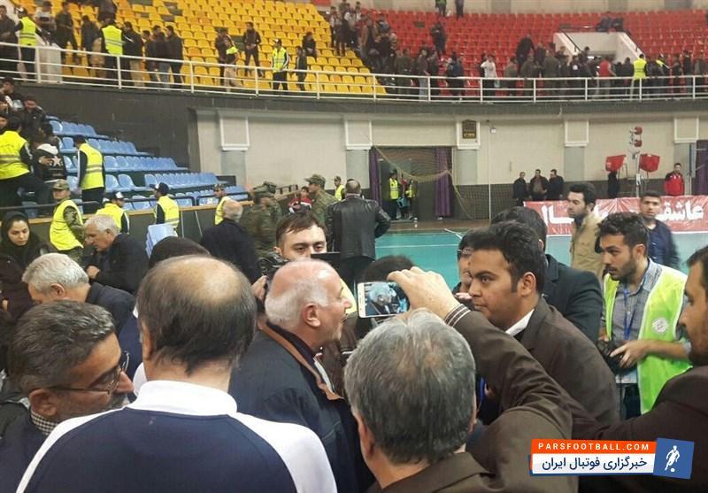 درگیری در مسابقه والیبال بین دو تیم شهرداری ارومیه و پیکان تهران